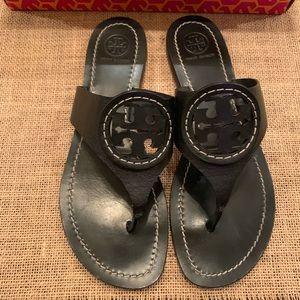 TORY BURCH❤️Louisa Flat Thong Sandals Size 8
